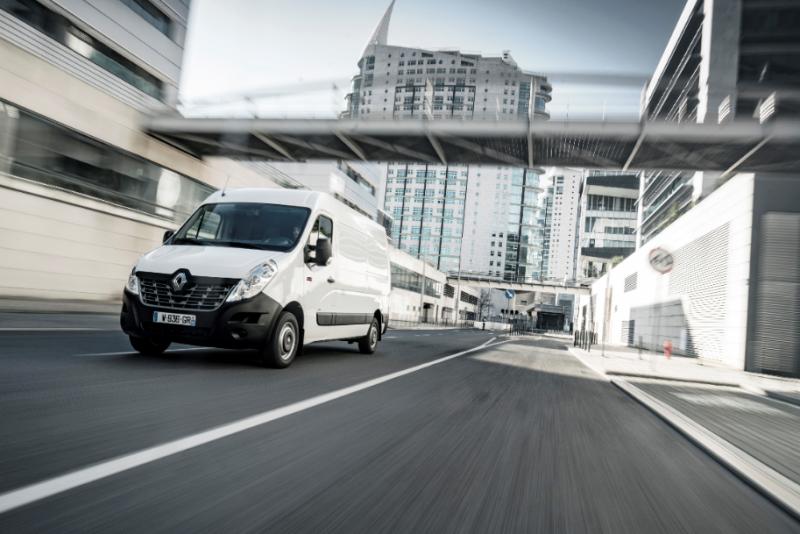Renault Trucks presenta al Transpotec il MASTER Z.E. elettrico