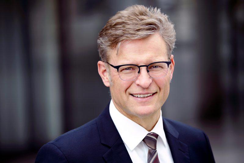 Il CEO Horst Binnig conclude il suo incarico in Rheinmetall
