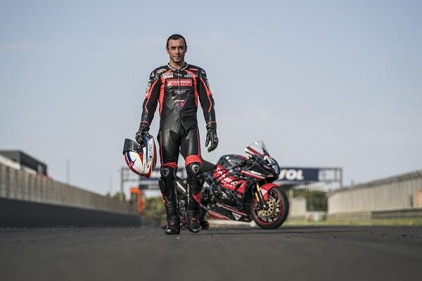 Moto: Champion lancia la nuova gamma di lubrificanti e prodotti manutenzione