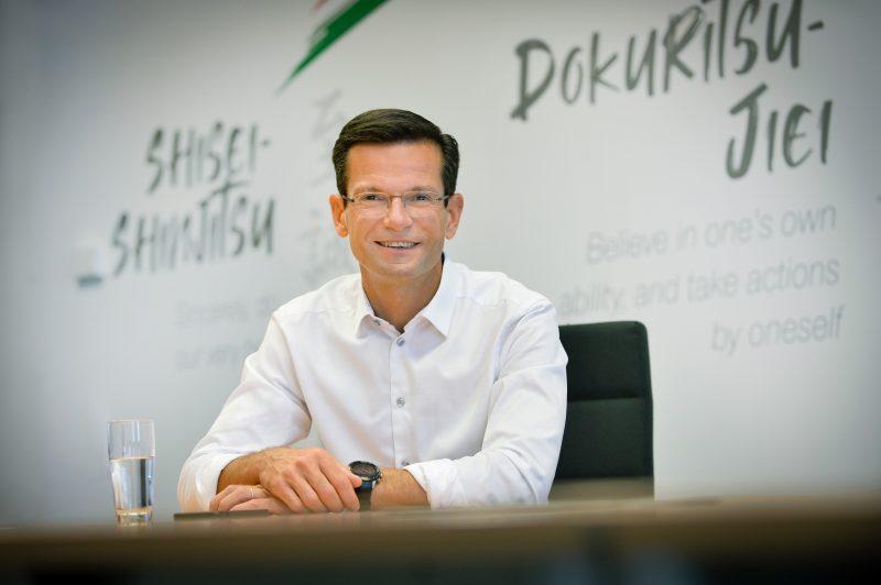 Presente e futuro di NGK: l'intervista al CEO Damien Germès