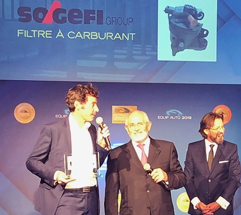 """Sogefi vince il premio """"International Grands Prix for Automotive Innovation"""" di Equip Auto 2019 con il suo primo filtro carburante in plastica completamente riciclata"""