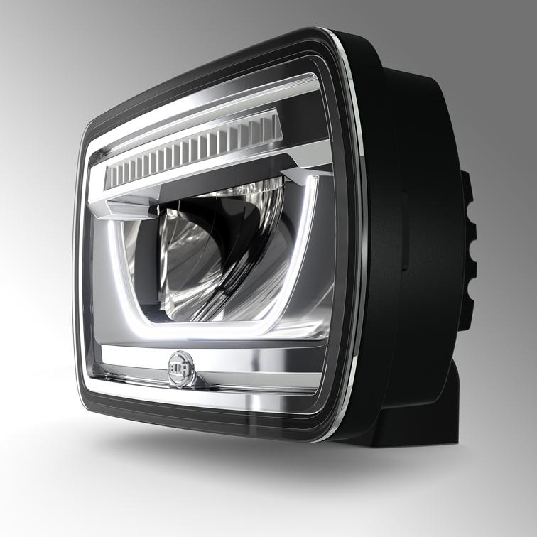HELLA: nuovi proiettori abbaglianti full LED per autocarri