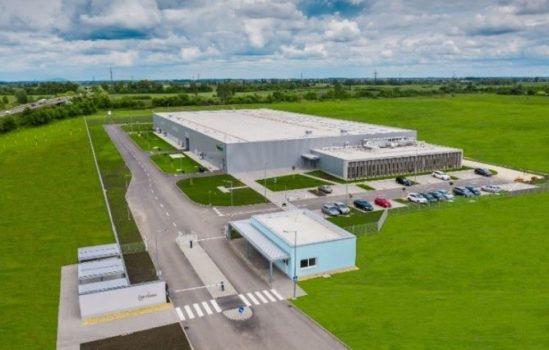 GS Yuasa avvia produzione batterie al litio nel nuovo stabilimento in Ungheria