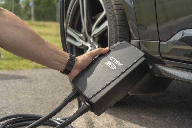 INTEC: nuovo CTEK NJORD GO per veicoli elettrici