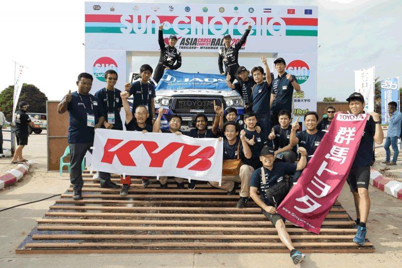 Ammortizzatori KYB sul veicolo JAOS all'Asia Cross Country Rally