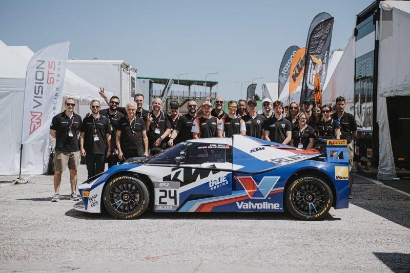 Valvoline a Misano con i distributori europei per la gara del Motorsport GT4
