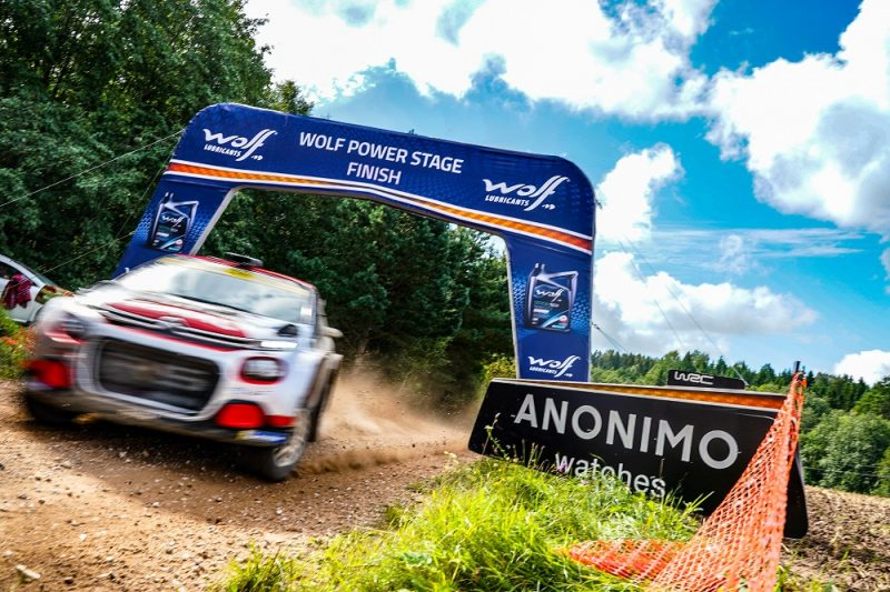 Wolf Lubricants riceve il premio per il miglior sviluppo del marchio da Groupauto International