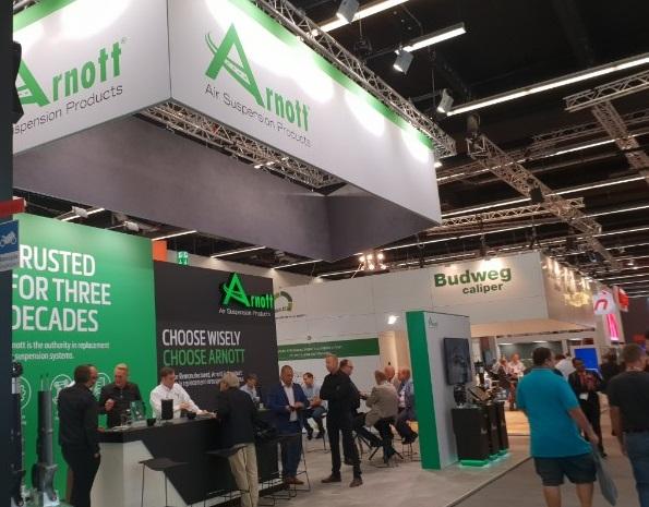 Arnott: nuove sospensioni presentate ad Automechanika