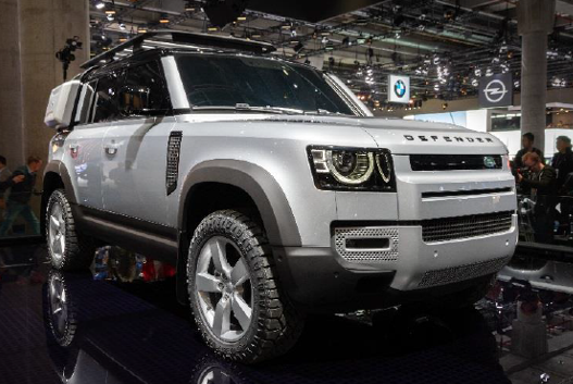 Delphi Technologies, la prima ad avere pastiglie freno aftermarket per il nuovo Land Rover Defender 110 e Volkswagen Golf Mk8