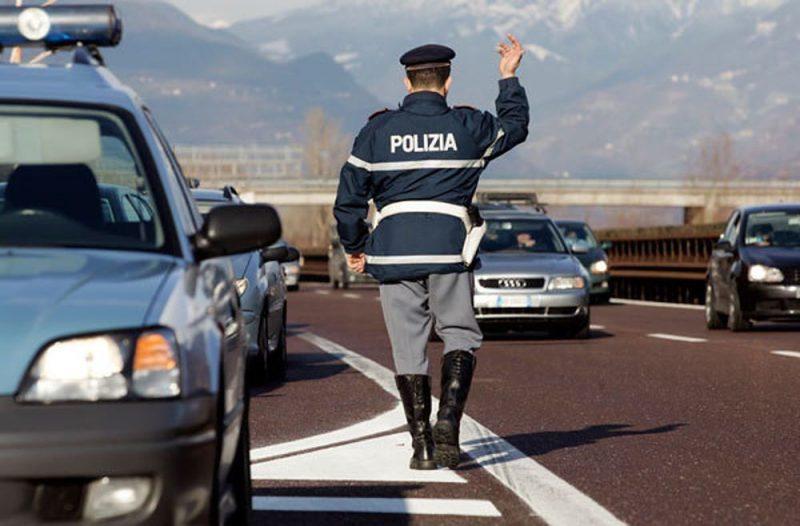 Controlli stradali: 1 auto su 4 non conforme